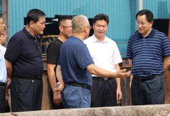 """""""中国实木厚芯地板基材生产基地""""评审会召开诸城"""